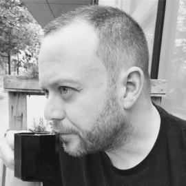 Simon Young - Senior Director - The LEGO Group